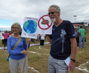Linda and Tom at the San Jose climate march